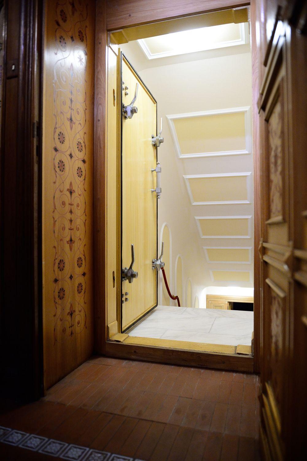 Au deschis camera secretă a lui Nicolae Ceaușescu. Ce s-a descoperit în buncăr întrece orice imaginație