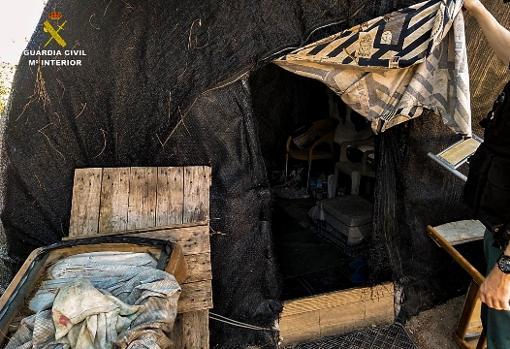 Caz înfiorător de sclavie în Spania! Peste 600 de români și moldoveni, exploatați și obligați să trăiască în condiții mizere. Câți bani făceau pe lună membrii rețelei